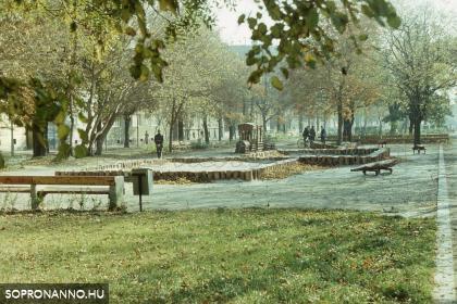 A régi Deák téri játszótér