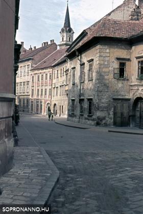 A Szent György utca az 1960-as években