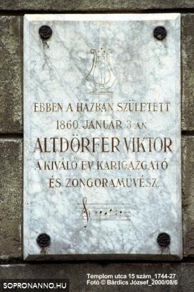 Altdörfer Viktor emléktáblája