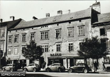A Várkerület 104. 1950 körül