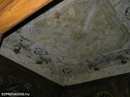 A Zichy-Meskó palota pipaszobája
