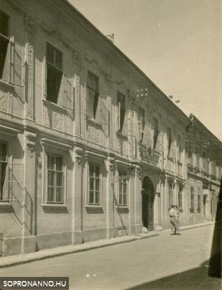 A Szent György utca 16-os számú ház az 1930-as években