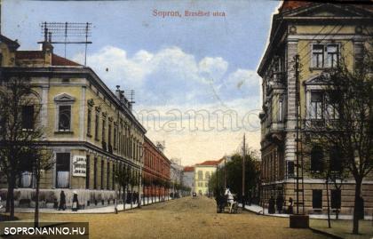 Az Erzsébet utca a Deák tér felől egykor