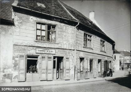 Az Ötvös utca 10-es számú ház 1959-ben