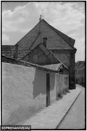 Új utca - 1976