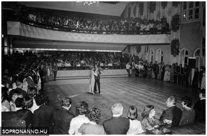 Balekbál 1976