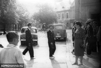 Bolondballagás 1959-ben