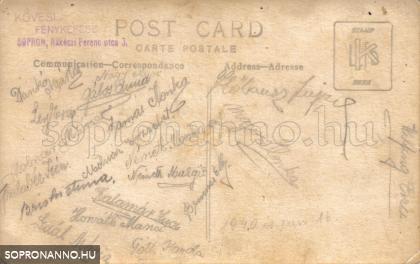 A képeslap hátulja az aláírásokkal