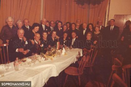 Dr. Hőgyészy Pál 90. születésnapján az Eszterházyak körében