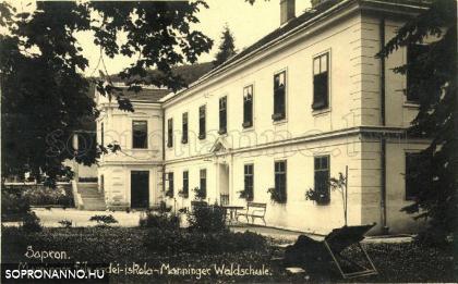Manninger-ház Soproni Erdei Iskola