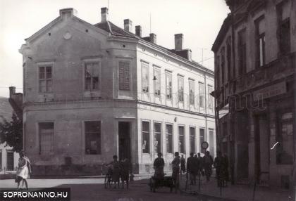 Színház utca
