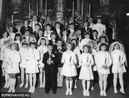 Elsőáldozás a Szent György-templomban 1977-ben
