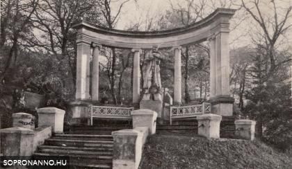 A Hősi temető részlete