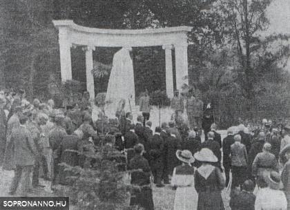 A bánfalvi hősi temető emlékművének avatása