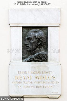 Révai Miklós emléktáblája
