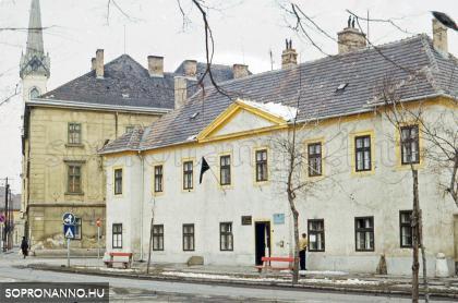 Az egykori Kádfürdő épülete