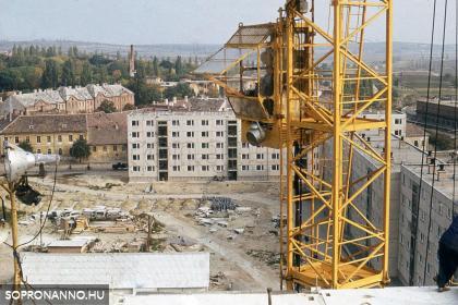 Épül a Kőfaragó téri lakótelep