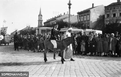 Felvonulás 1938-ban