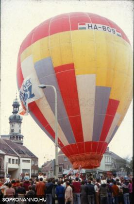 Hőlégballon a Várkerületen