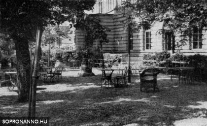 A Kaszinó kertje a háború előtt