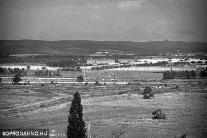 Kilátás a Paur Iván-emlékműtől 1980-ban