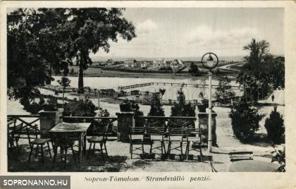 Kilátás a tómalmi Strandszállóból