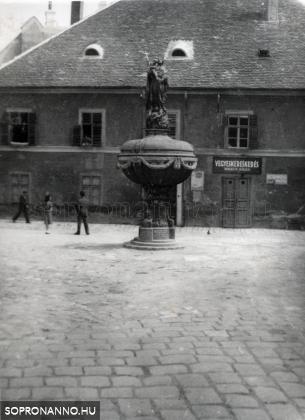 Orsolya téri részlet 1939-ből