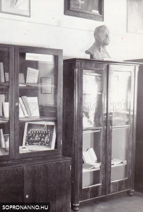 A nagy könyvtár