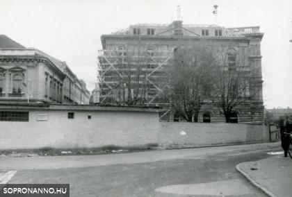 Az egykori kaszinó épületének felújítása