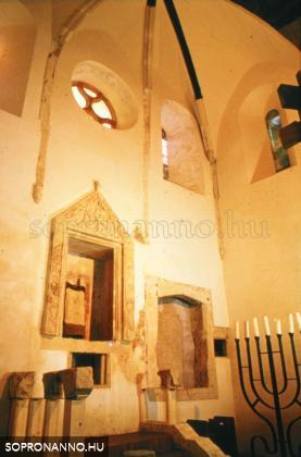 A Középkori Zsinagóga