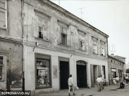 Színház utcai részlet 1960 körül