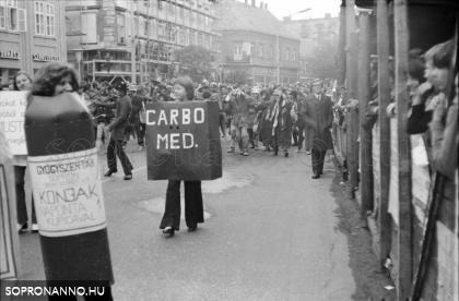 Szüreti felvonulás 1974-ben