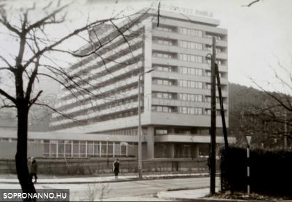 A 600 ágyas 1973-ban