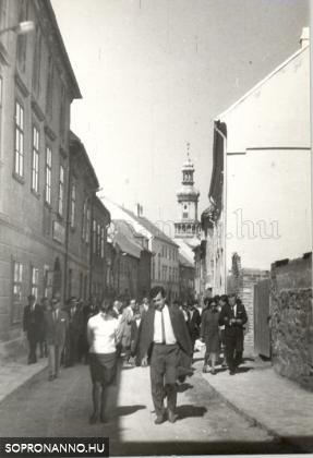 Új utcai részlet az 1960-as évekből