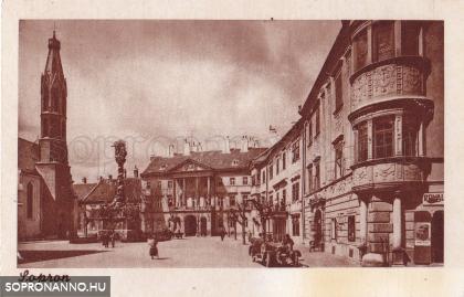Változatok egy képeslapra - A Fő tér a Városháza felől