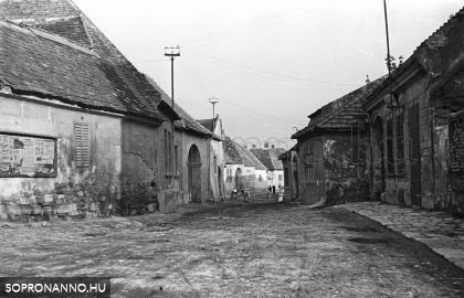 A Gazda utca 1955-ben