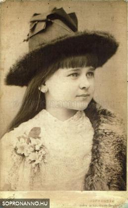 Nagyanyám, Kraut Vilma az 1880-as években