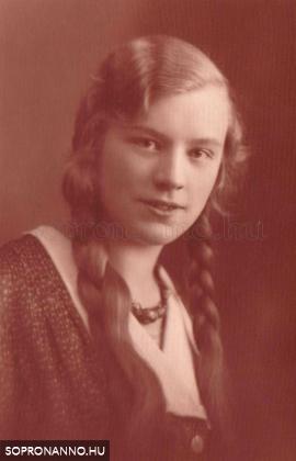 Pum Margit ifjúkori képe