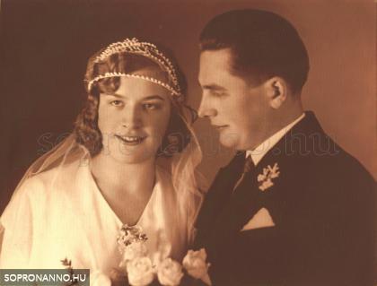 Pum Margit és Udvardi-Lakos János esküvői fotója
