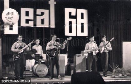"""1968. Soproni Határőrség zenekara (Utódok) - Sopron Színház  """"Dunántúli Amatőr zenekarok vetélkedője"""""""