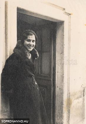 Széchenyi-ház ajtó