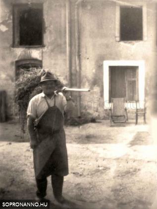 1955-60 táján, Schuh Matyi bácsi, a szorgalmas gazda