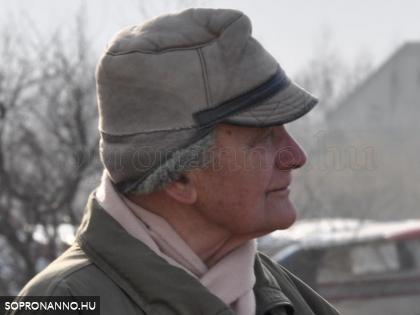 Dr. Nováki Gyula