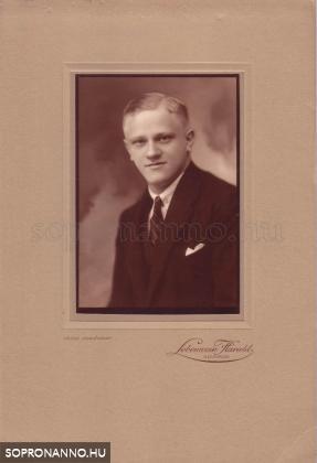 Thier László 1927-ben