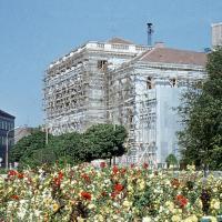 Az át/épülő Liszt Ferenc Művelődési Központ