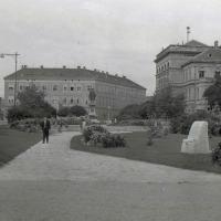 A Széchenyi tér egykor