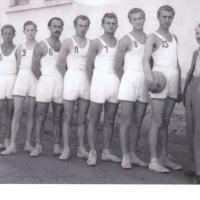 A Soproni Pamutipar Önképző Egyesület városi bajnok kosárlabdacsapata