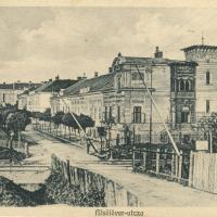 """Vasúti átjáró az """"Alsólöver-utczában"""""""