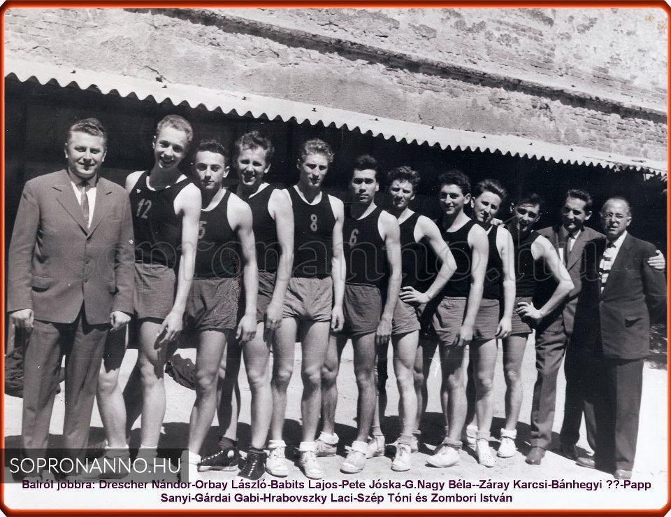 Soproni Textiles Club NB.II-es kosárlabdacsapata - Sopron anno 2470fb62a2